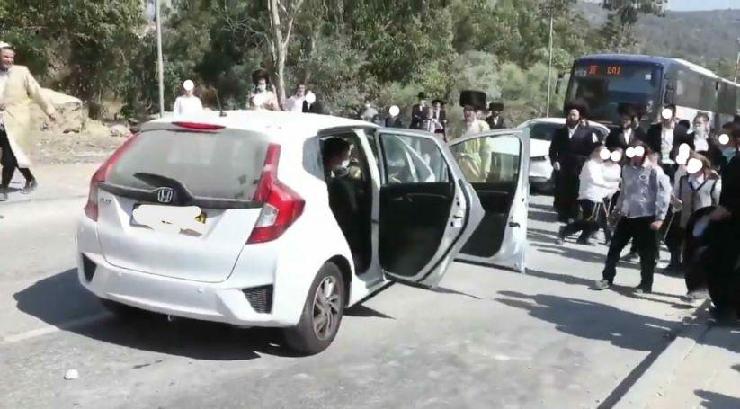 רכב הקצין צילום מהטלויזיה