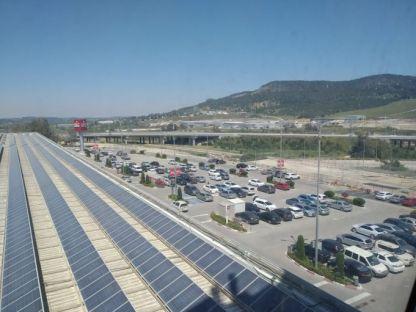 מוסדות החינוך ממשיכים לשלם את חשבונות החשמל למרות שעל גגותיהם הותקנו מערכות סולאריות