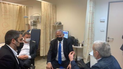 ראש הממשלה ביקר במתחם החיסונים בנחל צאלים