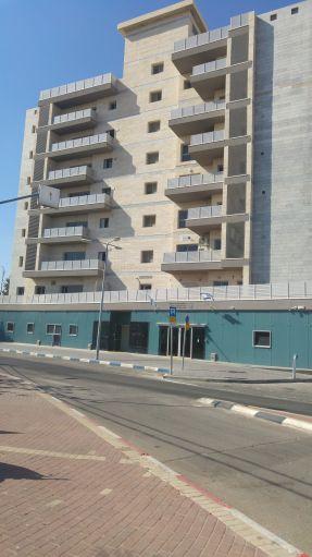 בנין המשרדים מגדלי אנפהיכלול גם את רשות המיסוי ואתהקליטה והעליה