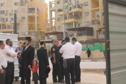 תושבי מבנה נדרשים לפינוי כדי לאפשר בניה חדשה