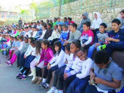 גרעין יחד מסייע בעידוד רישום תלמידים למוסד חינוך