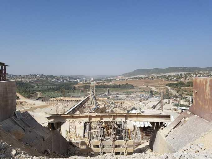 מפעל מחצבות הרטוב – עומד כעת בדרישות הפיקוח הסביבתי