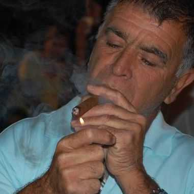 """ברוך דיין האמת- אבי וקנין ז""""ל"""