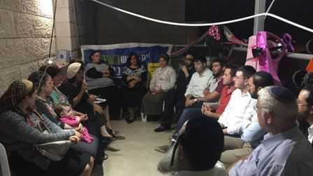 """25 רבנים מהמגזר החרדי הצהירו על תמיכה בד""""ר עליזה בלוך"""
