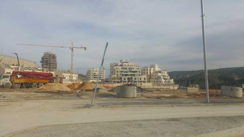 אחד מאתרי הבניה בעיר, לא קשור